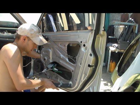 Расположение моторчика стеклоподъемника в Daewoo Матиз