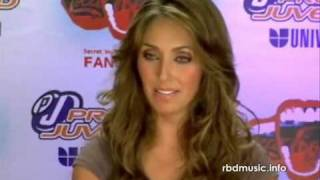 getlinkyoutube.com-Anahi y sus pleitos con Dulce Maria Chat Premios Juventud 2009
