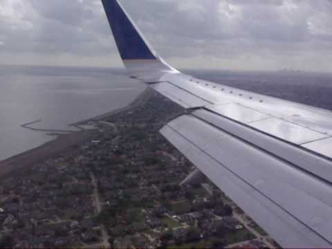 Continental B737-500 landing in New Orleans MSY