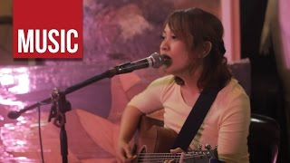 "getlinkyoutube.com-Aia De Leon - ""Akap"" at the Secret Shoppers' Sessions Ep. 4 of 4"