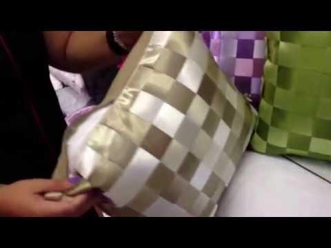 Almofada trançada de cetim