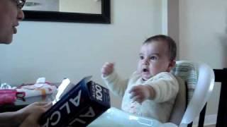 getlinkyoutube.com-Baby Afraid Of Aluminum