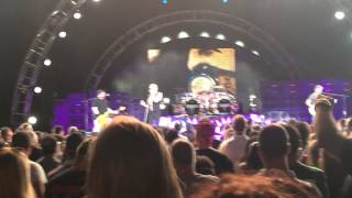 getlinkyoutube.com-Van Halen Dirty Movies Jones Beach Aug 13, 2015