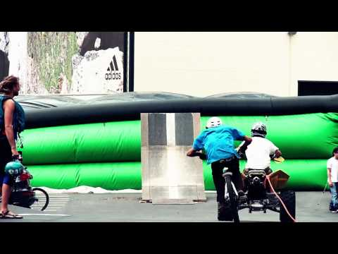 Bagjump Freestyle Airbag - Skateboard & Bike BigAir, Snowboard, Ski and FreeDrop