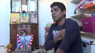 getlinkyoutube.com-Interactions with Kanchi Mahaswamigal --- Shri Arun Sundaram, Smt Malathi Arun and family