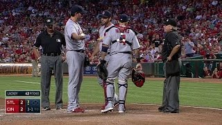 getlinkyoutube.com-STL@CIN: Lackey gets ejected from the game in the 3rd