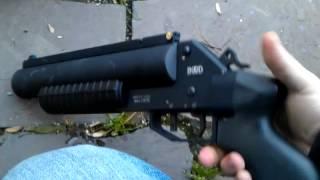 37mm flare gun/grenade launcher