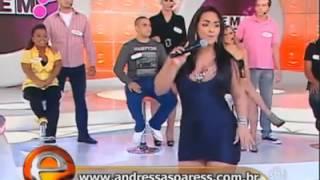 getlinkyoutube.com-Mira lo que hace esta presentadora de Tv En Vivo