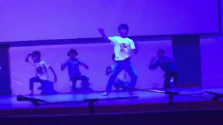 getlinkyoutube.com-Rudra : The rockstar ; Mesmerizing dance on Palat from Main Tera Hero !!
