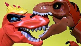getlinkyoutube.com-Jurassic World 2 Toys Movie | T-Rex Lego vs Tyrannosaurus Rex vs Carnotaurus