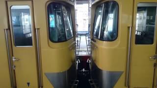西武鉄道2000系の車両連結部注意喚起放送