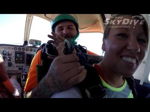 Joslynn Jimenez's Tandem skydive!