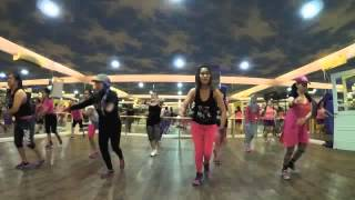 getlinkyoutube.com-Zumba warm up Sube-sube, Guacamaya, Laira (new)