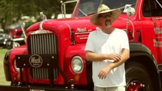 getlinkyoutube.com-Double Stack Mack With A Window In The Back - Ron Wilson's 1964 B-61 Mack Truck