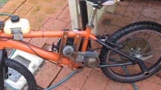 getlinkyoutube.com-How I Built My Weed Wacker Bike