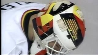 getlinkyoutube.com-1993 Smythe Semi Jets vs Canucks (Part 1 of 3)