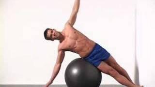 getlinkyoutube.com-4 Swiss Ball Side Crunch