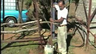 getlinkyoutube.com-BOMBA DE AGUA CASERA~1.mp4