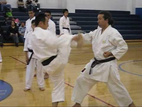 Yamaguchi-sensei demonstrating footposition in Kanku-dai/sho