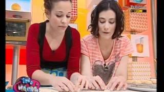 getlinkyoutube.com-1000 manos - 15-09-11 (3 de 6)