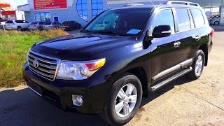 getlinkyoutube.com-2012 Toyota Land Cruiser 200. Start Up, Engine, and In Depth Tour.