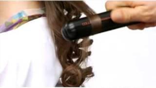 getlinkyoutube.com-Modelo de peinado sobre cabello largo con efecto volumen Dual Style