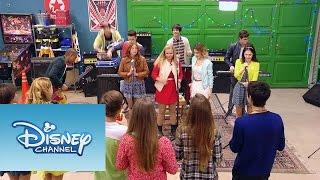 "Violetta: Momento Musical: Matilda y los chicos cantan ""Supercreativa"""