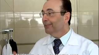 getlinkyoutube.com-Dr. Bactéria ensina como limpar corretamente o banheiro - Rede Record