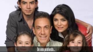 getlinkyoutube.com-Victoria Ruffo Y Omar Fayad 13 años de felicidad!