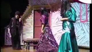 getlinkyoutube.com-مسرحية الأطفال سندريلا وطيور الغابة