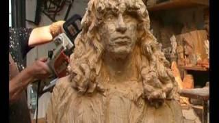 getlinkyoutube.com-Sculpture à la tronçonneuse par le Maître Jürgen Lingl Rebetz : réalisation d'un portrait part3