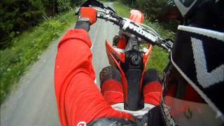 getlinkyoutube.com-Honda crf 250r & 450r Wheelies