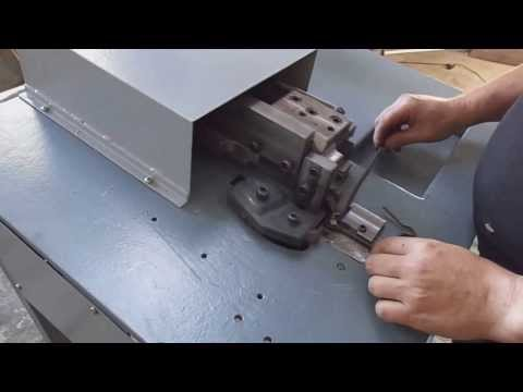 Máquina de Estribos semi-automática dobra estribos quadrados ou Triangulos