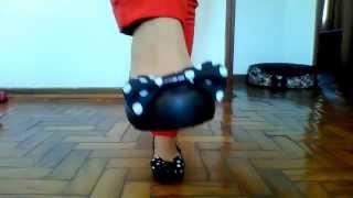 getlinkyoutube.com-Coleção de Melissa nos pés