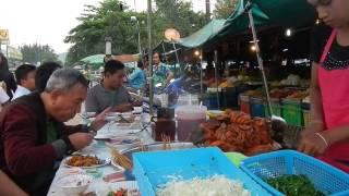 getlinkyoutube.com-กินหมูจุ่มพม่าไม้ละ 1 บาท เมืองสังขละบุรี burmese pork stewed in the gravy