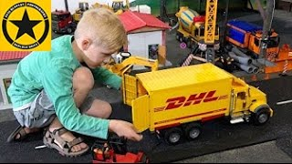getlinkyoutube.com-BRUDER TOYS Spare Parts shipped by DHL into BWORLD Construction (LONG PLAY!)