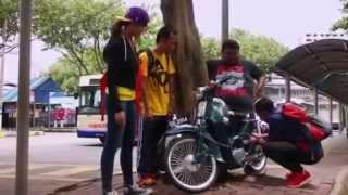 getlinkyoutube.com-Bocey Samba Bola Kampung