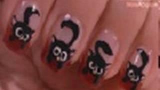 getlinkyoutube.com-Halloween Nails - Black Cat Nail Art Tutorial / Arte para las uñas de gato negro