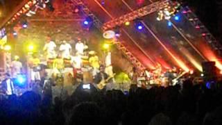getlinkyoutube.com-Jau e Olodum -  Flores da Favela
