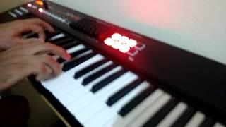 Nito Nascimento testando os pianos do Roland XPS 10 1
