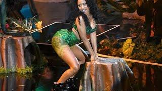 getlinkyoutube.com-WTF! Nicki Minaj's Booty Shaking Too Explicit?! (2014 MTV VMAs)