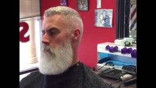 getlinkyoutube.com-Beard Trim at Stay Sharp Barber Shop