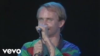 getlinkyoutube.com-Men At Work - I Like To (Live)