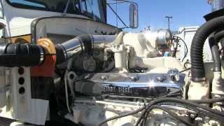 "getlinkyoutube.com-1975 Peterbilt 359 With A ""Buzzin' Dozen"" Detroit Diesel 12V71 At TFK 2013"