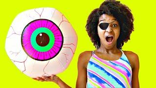 Eyeball POPS OUT AGAIN! Shasha and Shiloh  - Onyx Kids