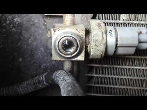 Расположение компрессора кондиционера у Suzuki Джимни