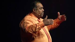 Why-I-as-a-black-man-attend-KKK-rallies-Daryl-Davis-TEDxNaperville width=