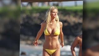 getlinkyoutube.com-Brooklyn Decker Intimidated by Jennifer Aniston's Bikini Body - Splash News   Splash News TV