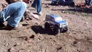 getlinkyoutube.com-Axial's, Tamiya's, RC4WD's It's Summit County Crawlers first annual games day!