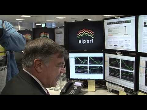 【Youtube】Alpari UK:ウェストハム監督・選手がFX取引体験 [FOREX PRESS為替コラム] FX・外国為替証拠金取引ニュースサイト